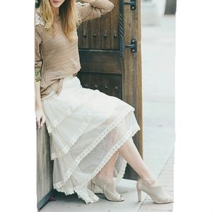 New A'reve Waterfall Lace Cream Maxi Skirt S M L
